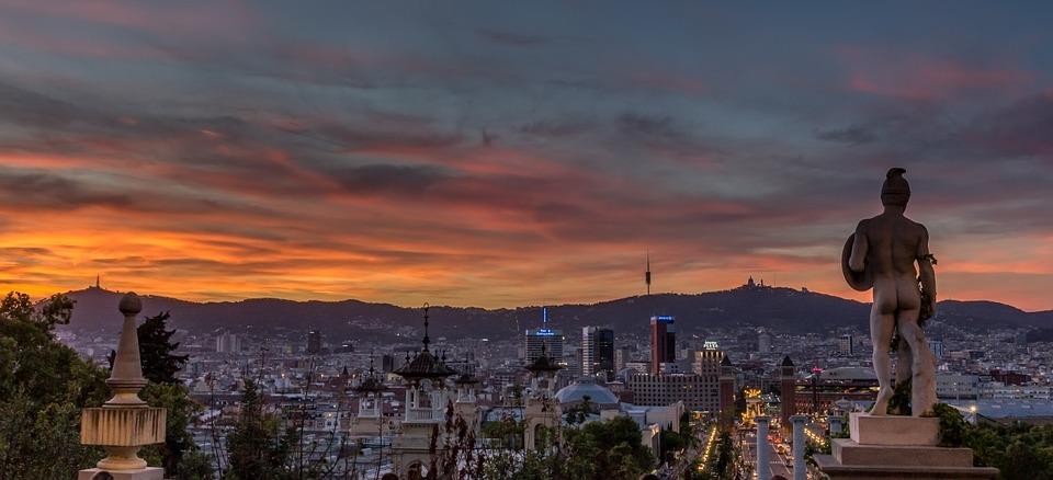 barcelona-913762_960_720