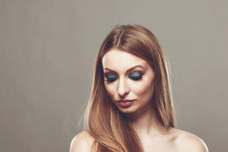 ¿Cómo alisar el cabello? Cirugía Capilar vs Keratina