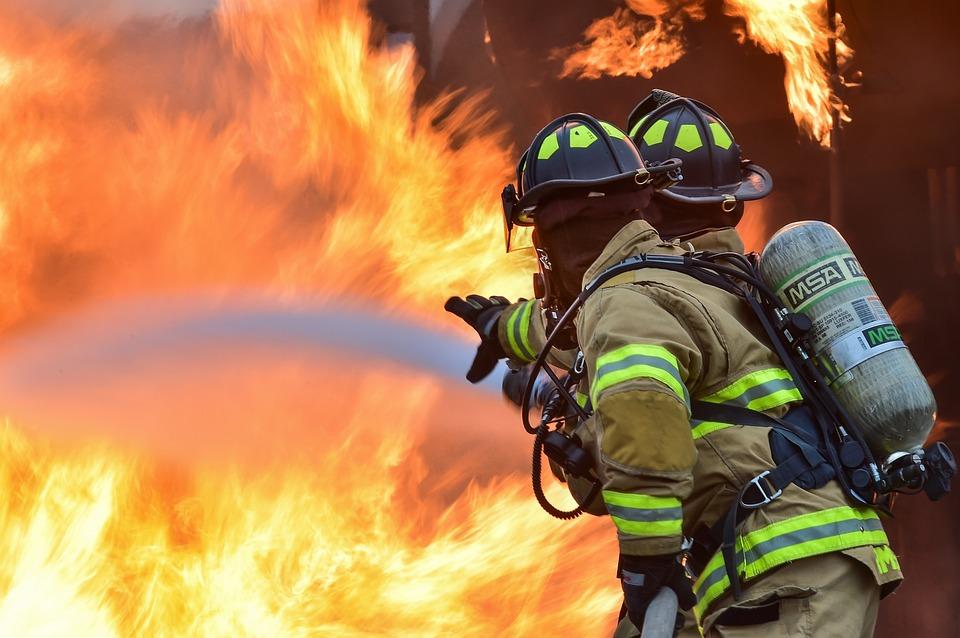 profesionales-que-asisten-emergencias-estres