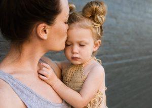 ¿Cuál es el papel de los padres o tutores en un tratamiento de psicología infantil?