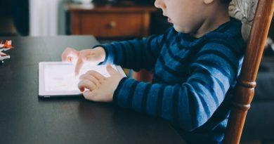 proteger la vista de los niños de las pantallas