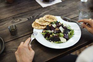 Reeducación alimentaria: la alternativa a las dietas milagro