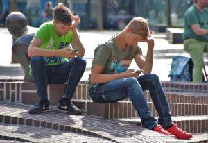 Depresión de Facebook, apnea del Whatsapp. Adicciones a las redes sociales