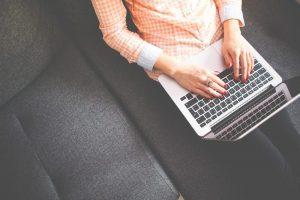 Adherencia al tratamiento psicológico en la terapia online
