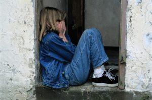 ¿Por qué los niños y adolescentes se autolesionan?