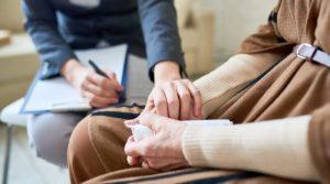 ¿Cómo se aborda la psicoterapia con el paciente desde la perspectiva relacional?