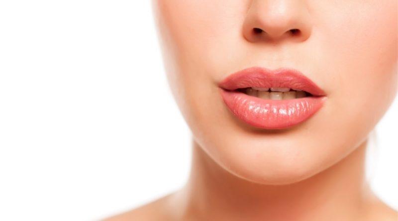 Lip lift: corrige la forma y el volumen de tus labios de manera permanente